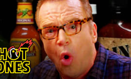 tom-arnold-hot-ones
