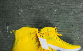 Under Armour Curry 4 Yellow