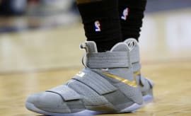 "Nike Zoom LeBron Soldier 10 ""Battle Grey"""
