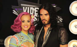 Katy Perry and Russell Brand at the 2011 MTV Video Music Awards