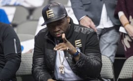 50 Cent sitting courtside.