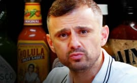 Gary Vaynerchuk Hot Ones Thumb