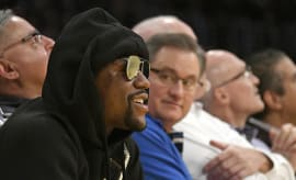 floyd mayweather wearing sunglasses