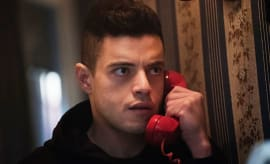 Mr. Robot Elliot on phone eps2.2_init_1.asec