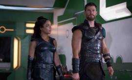 Tessa Thompson and Chris Hemsworth in 'Thor: Ragnarok'