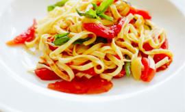vegetarian-summer-recipes-pasta-tomatoes