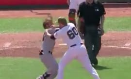 Bryce Harper gets into fight with Giants' Hunter Strickland.
