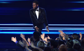 Kevin Hart at the 2017 People's Choice Awards