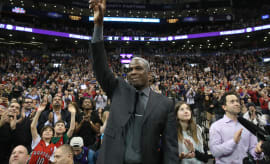 Charles Oakley Raptors 2015 Air Canada Centre
