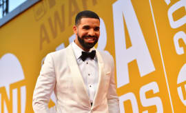 Drake Sets Record for 2 10-Week Billboard No. 1s