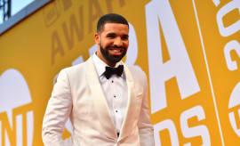 Drake Sets Record for 2 10-Week Billboard No. 1s