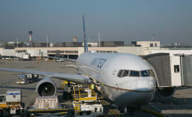 A United Airlines 787 prepares to depart from London Heathrow