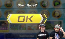 Logic plays 'Mario Kart 8 Deluxe.'