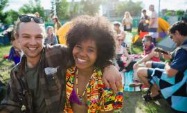best-date-night-ideas-festival-outdoor-performance