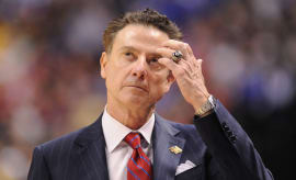 Rick Pitino during a 2017 NCAA Tournament game.