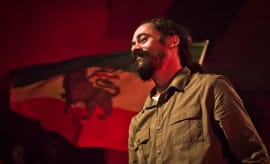damian-marley-performing