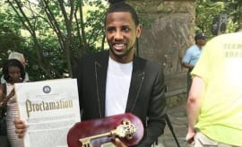 Fabolous receives key to Brooklyn.