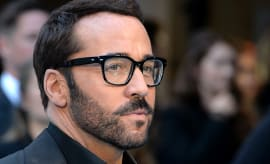 This is a photo of Jeremy Piven.