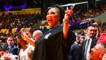 Lizzo attends a game between the Los Angeles Lakers and the Minnesota Timberwolves
