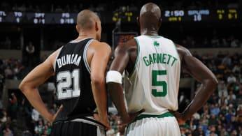 Kevin Garnett talks with Tim Duncan on February 8, 2009.