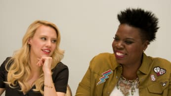 """Kate McKinnon and Leslie Jones at the """"Ghostbusters"""" Press Conference"""