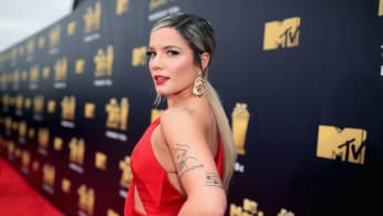 Halsey attends the 2018 MTV Movie And TV Awards