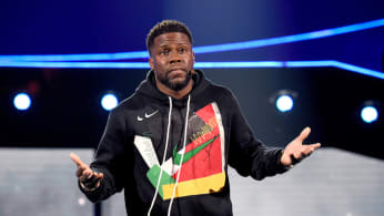 Kevin Hart performing in L.A.