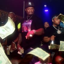50 Cent tossing singles