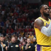 LeBron James Lakers Blazers 2018