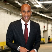 Richard Jefferson arrives to the game between the Brooklyn Nets and the New York Knicks.