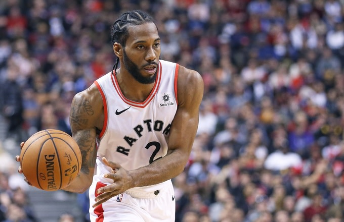factory authentic ad3ba 77c9a Kawhi Leonard Reportedly Eyeiing Los Angeles Clippers Over ...