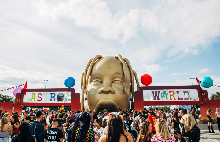5ceab8fa5c10 The Astroworld Experience: Travis Scott's Ode to Houston | Complex