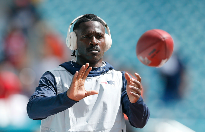 Antonio Brown #17 of the New England Patriots warms up