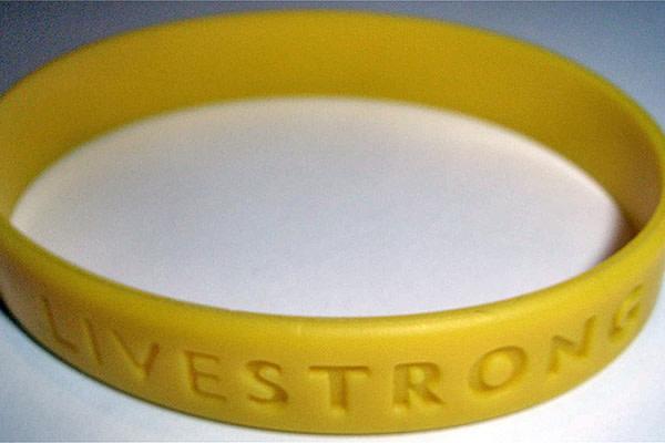 50-nike-facts-livestrong-bracelet-stupid-idea