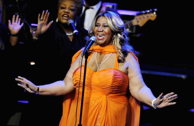 Aretha Franklin singing