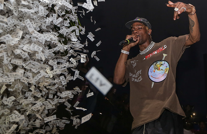 500dec288e5b Four Travis Scott 'Astroworld' Shows Postponed for 'Production Issues'