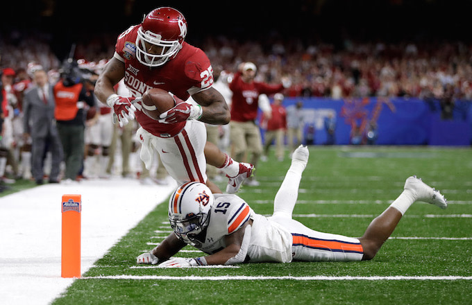 on sale 0243a c1fb6 Oklahoma Players Appear to Celebrate Joe Mixon TD by ...