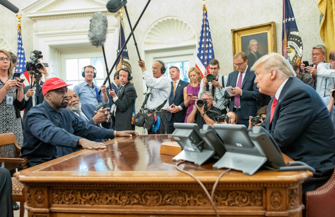 Kanye West has lunch with President Trump