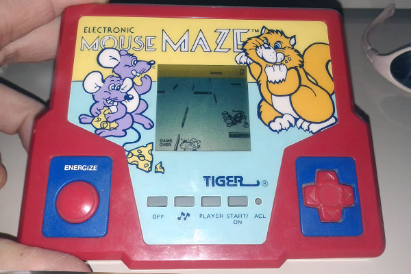 90s-toys-tiger-games