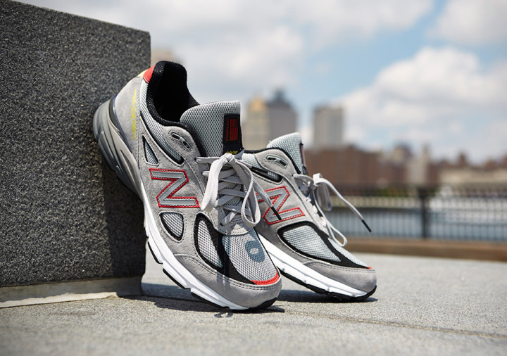 newest efb24 9618e How the New Balance 990 Went From Hustler s Sneaker to the Coolest Dad Shoe