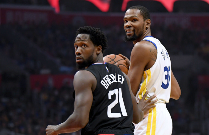 Patrick Beverley #21 of the LA Clippers reacts to his foul on Kevin Durant