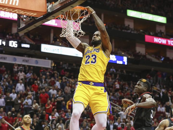 LeBron James Dunk Lakers Rockets Dec 2018