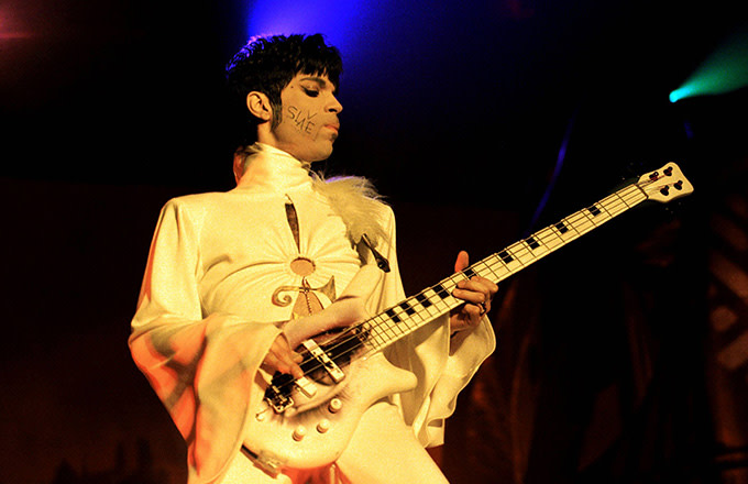 This is a photo of Prince.
