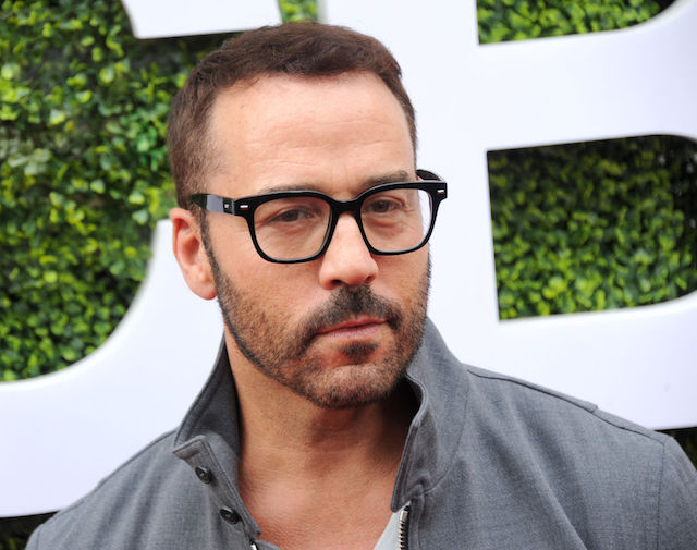 This is a picture of Jeremy Piven.