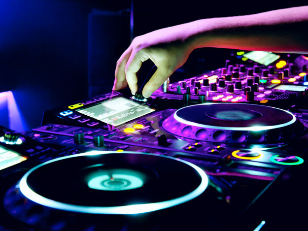dj-select-music-li