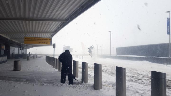 cyclone-blizzard