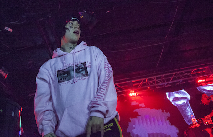 Rapper Lil Xan performs at The Underground on October 21, 2018.