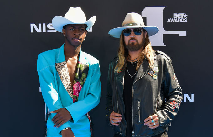 Billy Ray Cyrus , Lil Nas X, CMA Awards , Musical Event of the Year, Old Town Road (Remix)