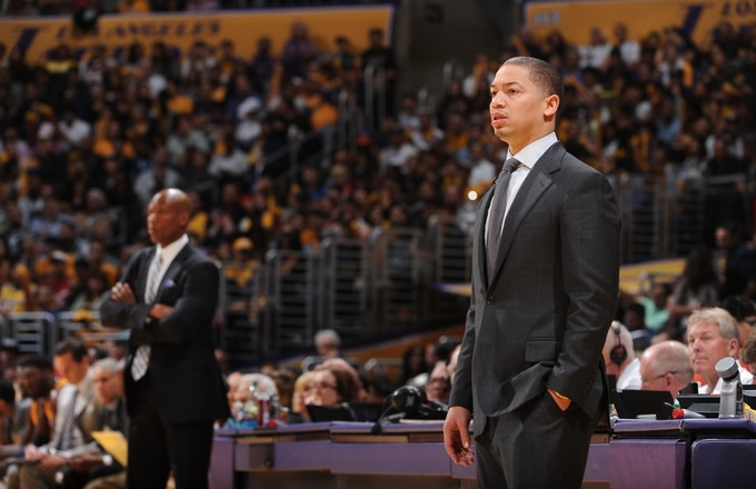 tyronn-lue-cleveland-lakers-game