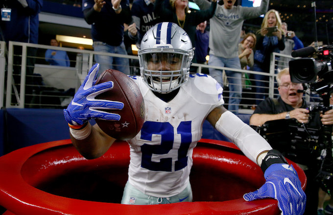 san francisco 7ef72 a4521 Ezekiel Elliott Pledges to Donate $100,000 to Salvation Army ...